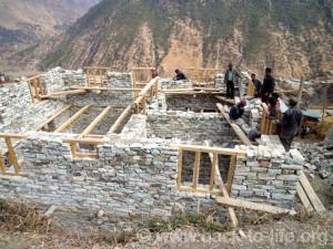 Errichtung des ersten Geburtshaus © Back to Life